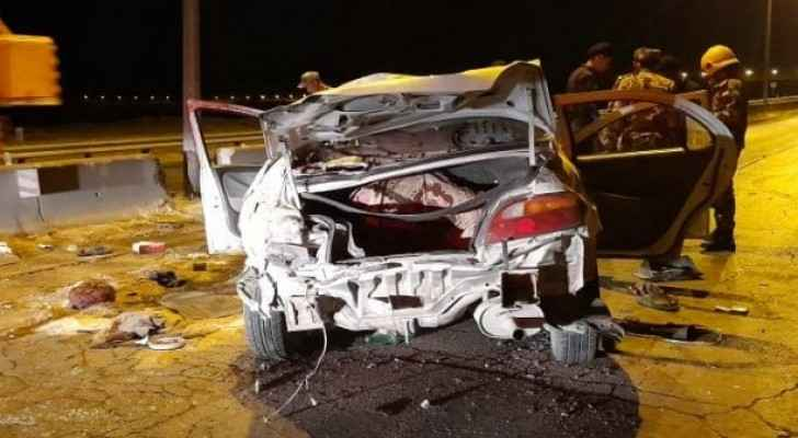 One dead, another seriously injured following car accident on Desert Highway