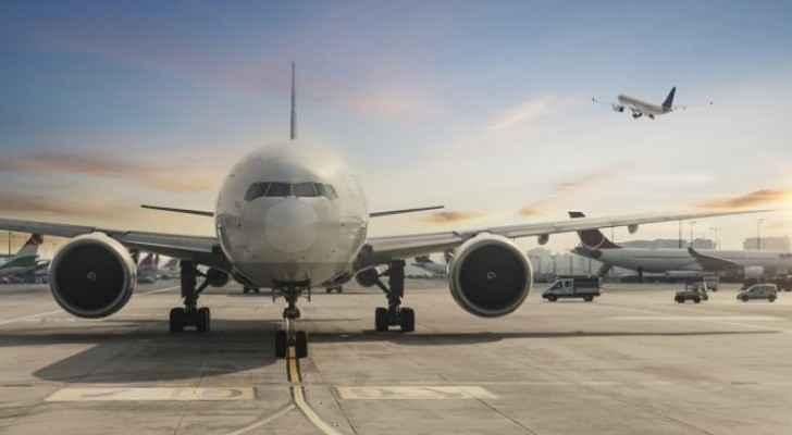 Airline companies losing $ 300,000 per minute