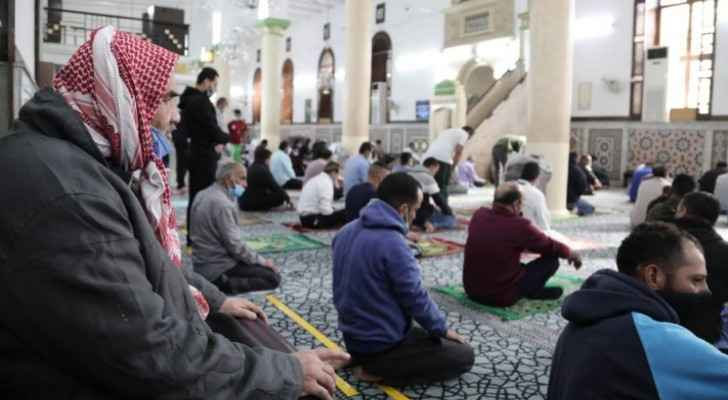 Awqaf Ministry announces Friday total lockdown mosque prayer time