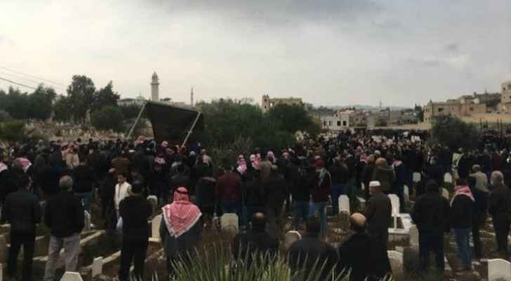 Hundreds gather to mourn late Lieutenant Al-Ammarin