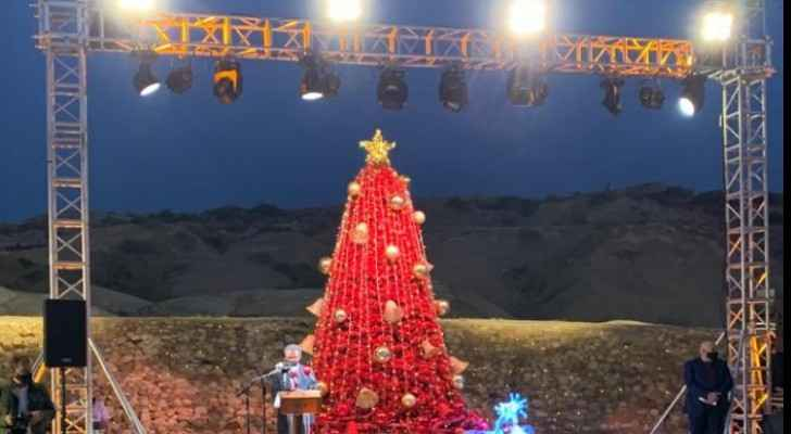 Tourism Minister lights Christmas tree in Baptism Site of Jesus Christ