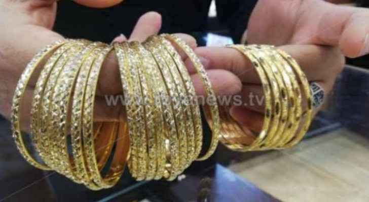 Gold prices stabilize in Jordan