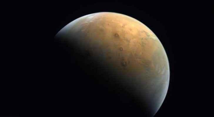 Emirati Hope Probe sends back first image of Mars