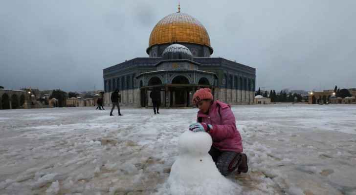 IMAGES: Dome of the Rock covered in white after rare snowfall