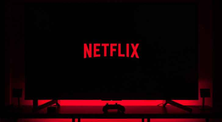 Netflix tests options to tackle password-sharing