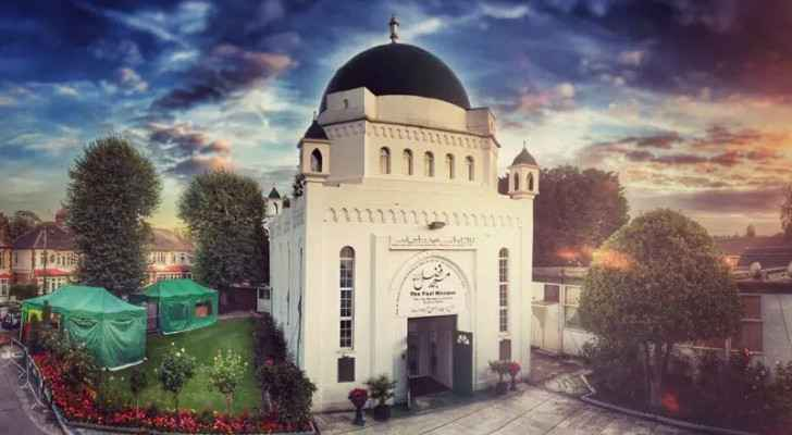 London's oldest mosque transforms into vaccination center