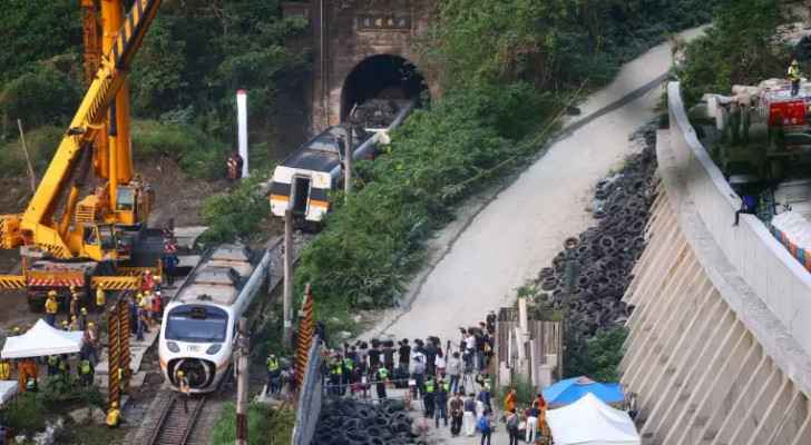 Taiwan Looking for Truck Driver Who Could Have Caused Train Crash | NOW