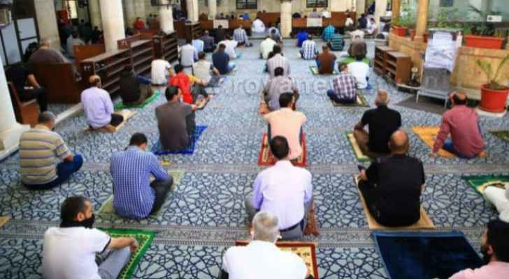 MPs call for reopening mosques during Ramadan, Hawari says measures to be amended soon
