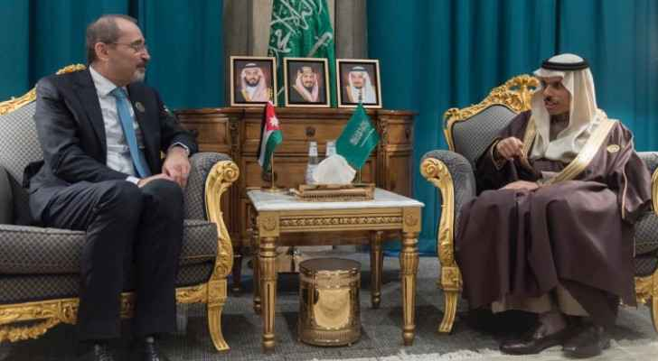 Foreign Minister meets with Saudi counterpart