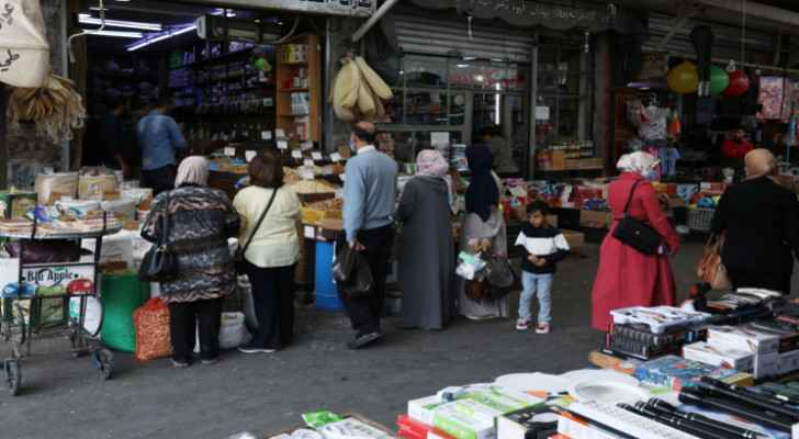 Irbid markets experience heavy commercial activity ahead of Ramadan