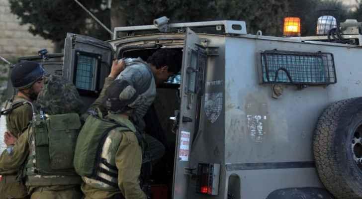 IOF arrests eight Palestinians inside al-Aqsa Mosque