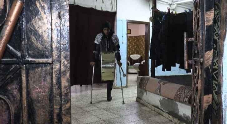 Disabled Gazan drummer wakes locals for Suhoor in Ramadan