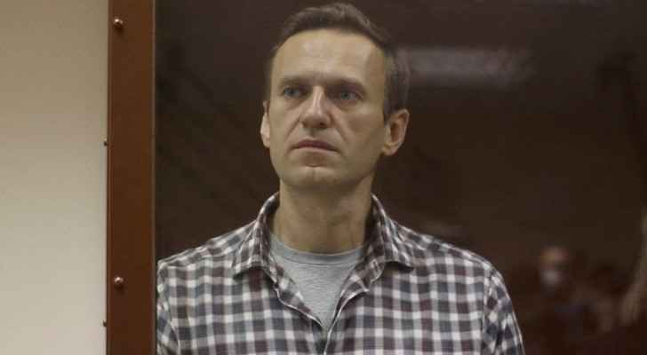 Jailed Kremlin critic Alexei Navalny could die 'any minute', doctors warn