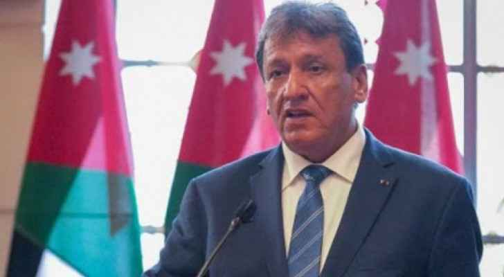 Transport Minister stresses importance of enhancing efficiency, cleanliness of public transport