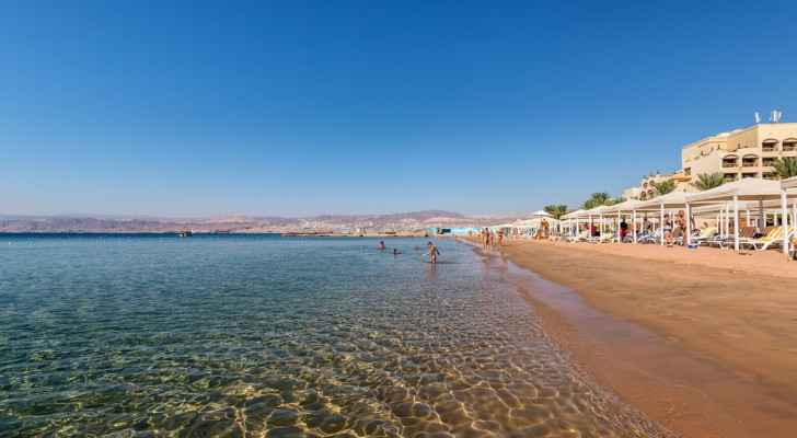 Senate committee recommends reduction of curfew hours in Aqaba as tourists enter city