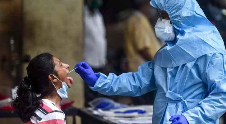 India sets new COVID-19 case record