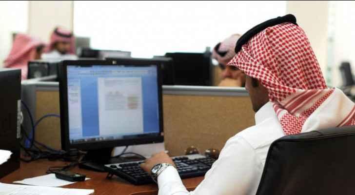 Saudi Arabia to make coronavirus vaccination mandatory for all employees