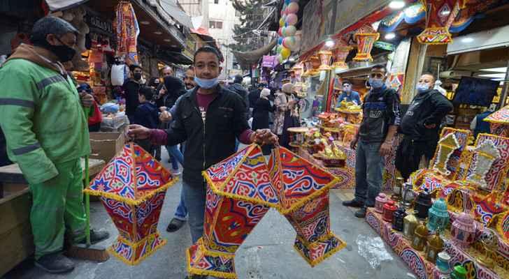 Jordanians call for cancellation of curfew hours ahead of Eid al-Fitr