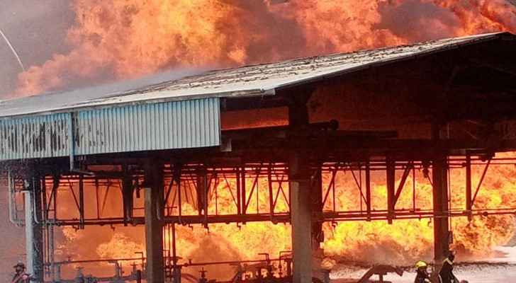IMAGES: Firefighters extinguish oil refinery fire in Aqaba