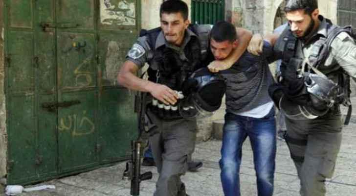 IOF arrests 19 Palestinians in West Bank
