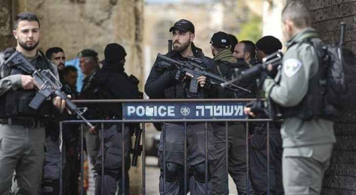 Authorities arrest seven Israeli Occupiers for stabbing elderly Palestinian