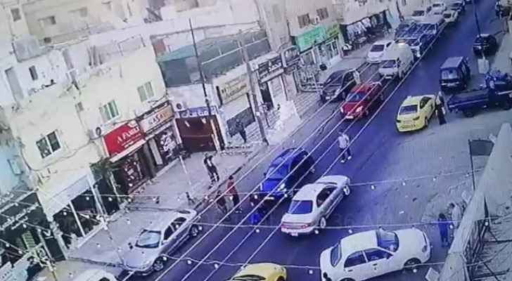 Individual throws himself in front of moving vehicle in Amman