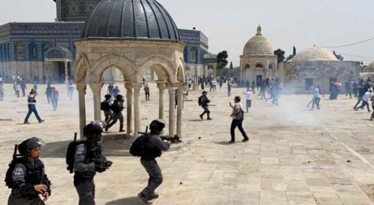 IOF storms Al-Aqsa Mosque, attacks worshipers