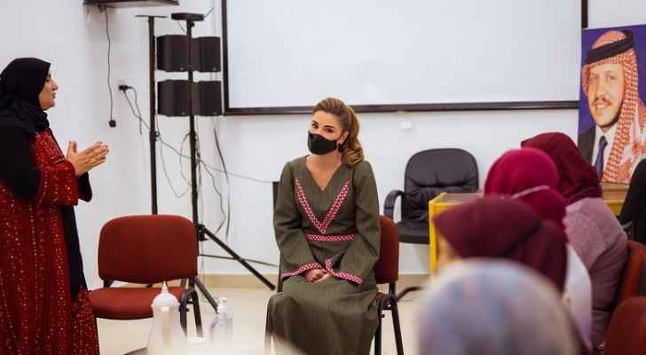 Queen Rania visits Royal Grant Scheme projects during visit to Al Shobak