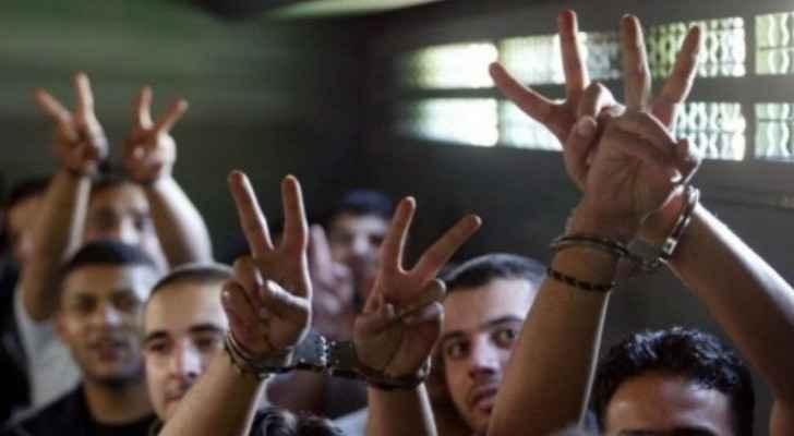 Israeli Occupation bans family visits for Palestinian prisoners until end of September