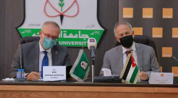 Orange Jordan renews its strategic partnership with Yarmouk University