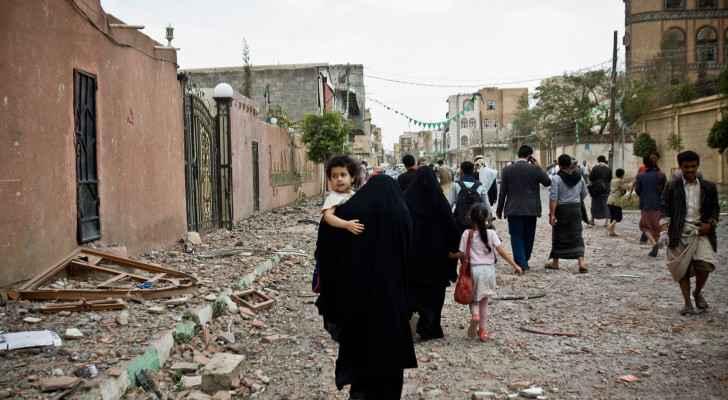 VIDEO: Seeking knowledge in war: Yemeni woman turns home into school