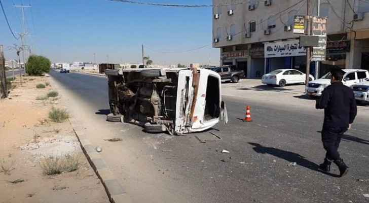 VIDEO: Three injured following two-vehicle collision in Mafraq