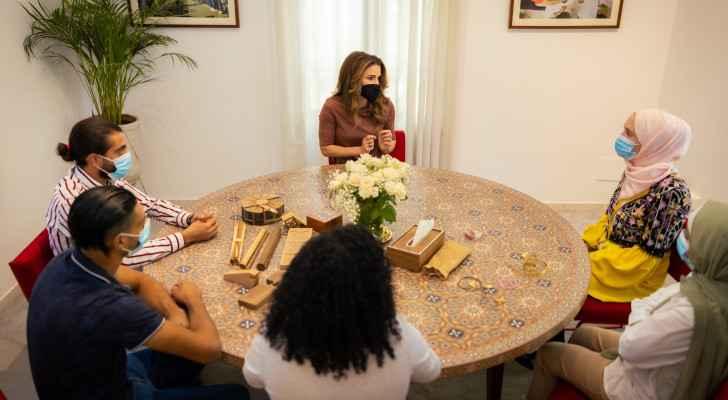 Queen Rania Visits Turquoise Mountain Showroom in Jabal Amman